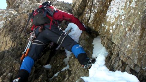 paso de IIIº en zona superior. captura de vídeo: Félix Escobar