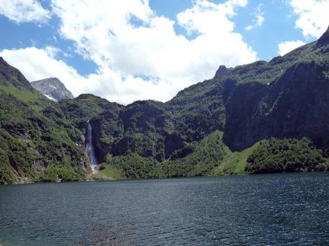 lago y cascada de Oô. foto: Mónica Fritzen