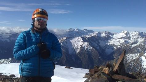 Pico La Espada, al fondo Monte Perdido. foto: Pepe Barbany