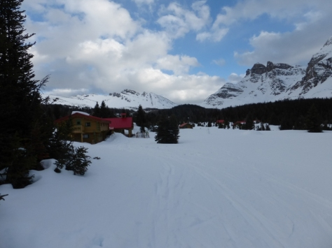 Assiniboine Lodge 2.180m. foto: Fran Roy.