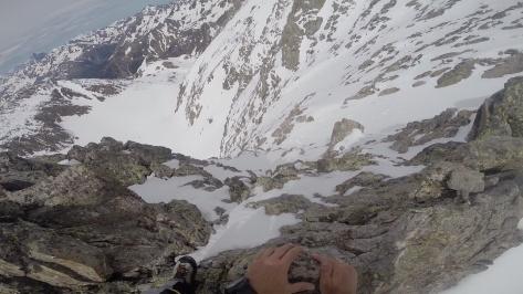 tramo estrecho de la cresta. captura de vídeo: Pepe Barbany