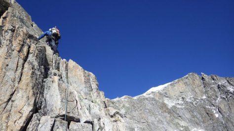 al fondo la cima del Galenstock. foto: Eva Abascal