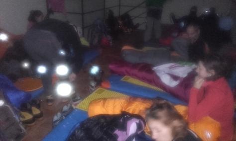 despertar en el refugio de Urdiceto. foto: Félix Escobar