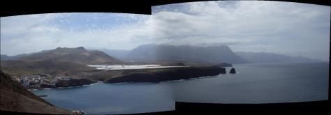 Punta y Puerto de Sardina, al fondo, Agaete y cumbres de Tamadaba. foto: Eva Abascal