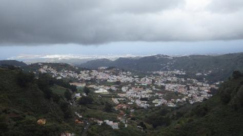 Mirador de Zamora, al fondo ciudad de Las Palmas. foto: Eva Abascal