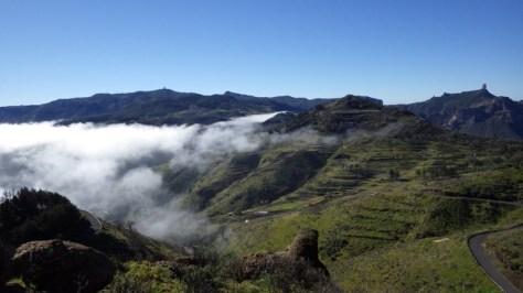 vistas del Pico Pozo de las Nieves y Roque Nublo desde el Mirador de Cruz de Tejeda. foto: Eva Abascal