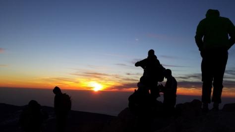 cumbre del Teide 3.718m. al amanecer. foto: Eva Abascal