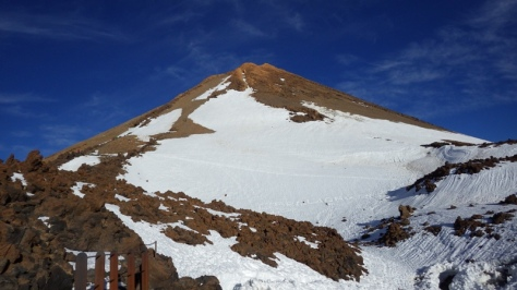 cono somital del Teide, desde las instalaciones del Teleférico. foto: Eva Abascal