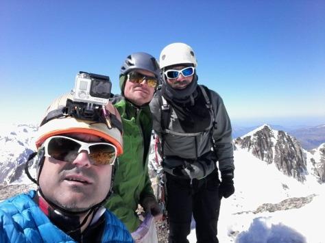 Pico Maldito 3.350m. Félix, Fran y Luis. selfie: Félix Escobar