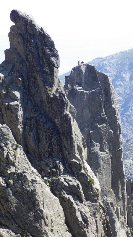 escaladores en el Torreón. foto: Eva Abascal
