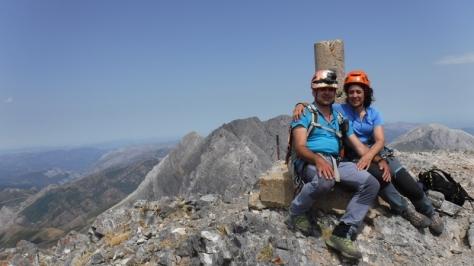 Peña Ubiña 2.411m. foto: unos montañeros que llegaron por la vía Normal