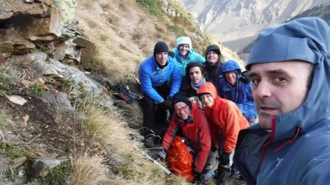 Hourquette des Hounts Secs 2.267m. Alberto, Cristina, Tomás, André, Carmelo, Jean Pierre, Veronique y yo. selfie: Félix Escobar
